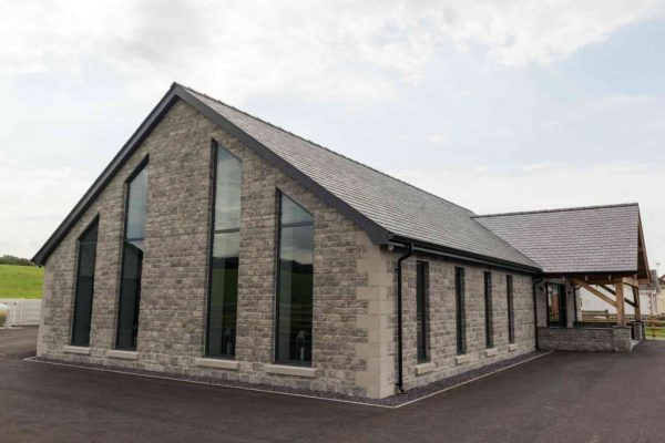 OG-Harries-Funeral-Director-Chapel-Of-Rest-Carmarthenshire-Pontyberem-Llanelli Funeral Home